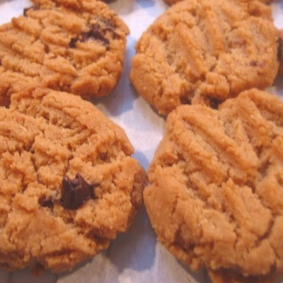Fresh-ground Peanut Butter Cookies