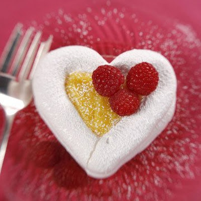 Heart-Shaped Meringues Filled with Passion Fruit Curd