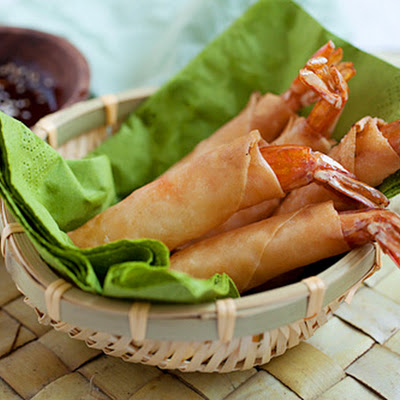 Shrimp and Cheese Spring Rolls