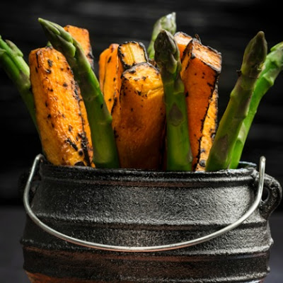 Roasted Pumpkin and Asparagus Sticks (in potjiepot)
