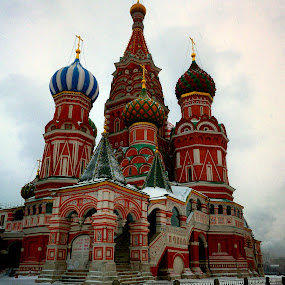 Saint Basil's Cathedral by Johannes Oehl - Buildings & Architecture Public & Historical ( red square, religion, building, saint basil's cathedral, russia, winter, church, snow, moskow, cathedral, architecture, museum,  )