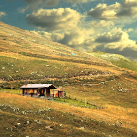 Highland Cottage by Murat Can - Landscapes Travel ( mountains, altitude, murat can, cloud, travel, house )