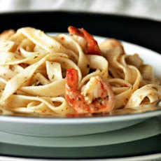 Spaghetti With Shrimp, Capers and Garlic