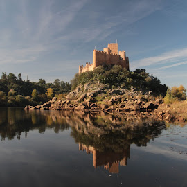 Guarda-rios by Antónia Mancha - Landscapes Mountains & Hills ( rio, almourol, castelo )