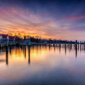 eigtch-dee-arr by Edward Kreis - Landscapes Sunsets & Sunrises ( calm, annapolis, hdr, severn river, colorful, waterscape, severn inn, singhray, daryl benson rgnd, cloud porn, pilings, dawn, sunset, serene, dawn patrol, sunday, long exposure(s), maryland, sunrise, golden hour )
