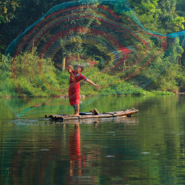 The Fishermen by Wisnu Widayat - People Professional People