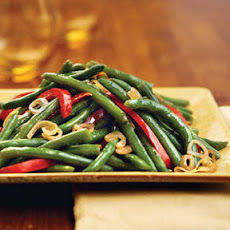 Green Beans With Shallots and Red Pepper