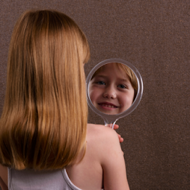 Iris in the Mirror by Robert van Brug - Babies & Children Child Portraits ( mirrir, reflection, blond, iris, golden hair )