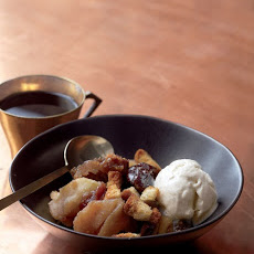 Apple-Brandy Brown Betty