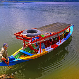 Perahu Wisata by Hery Sulistianto - Transportation Boats