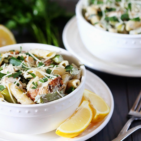 Lemon Rosemary Pasta with Chicken, Asparagus & Spinach