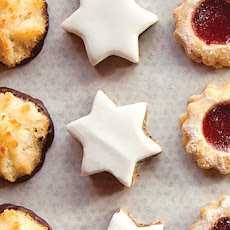Zimtsterne (Cinnamon and Kirsch Star Cookies)