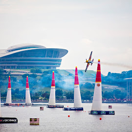 Redbull Air Race 2014 by Dokter Ajai - Sports & Fitness Other Sports ( airplane, sports, air race, air show )