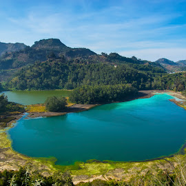 Dieng Lake by Didik WM - Landscapes Mountains & Hills ( blue, indonesia, beautiful, lake, landscape )