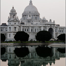 Victoria Memorial by Atin Saha - Buildings & Architecture Statues & Monuments ( calcutta, kolkata, monument, india, heritage, victoria memorial,  )