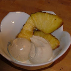 Grilled Pineapple With Vanilla Cinnamon Ice Cream