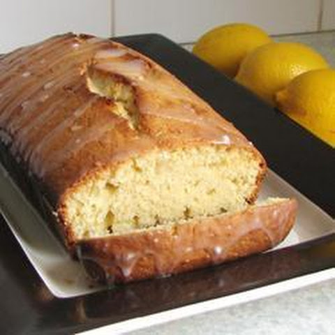 Polly Welby's famous lemon drizzle cake