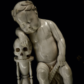 Time is Vanity by Tristan Garisson - Artistic Objects Antiques ( sculpture, marble, louvre, time, scull, museum, antique )