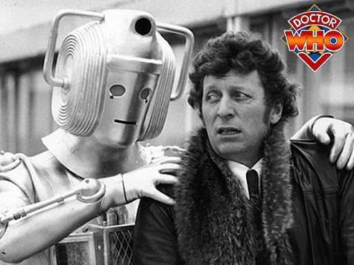 an image of Dr.Who being attacked by a Cyberman