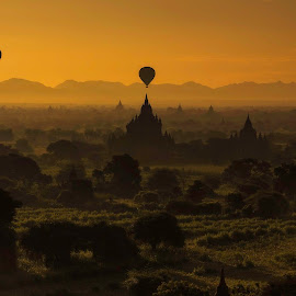 Bagan sunrise by Nattapong Pianchalangek - Buildings & Architecture Other Exteriors ( myanmar, bagan, balloon,  )