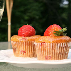 Strawberry Cupcakes with Champagne Glaze