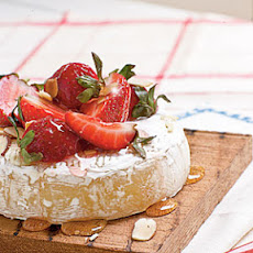Brie with Strawberries and Honey