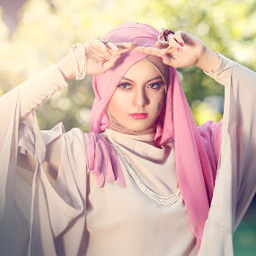 Hijab by Dharman Multimedia - People Fashion ( beauty retouch, outdoors )