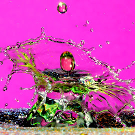 Water drops by Fred Øie - Abstract Water Drops & Splashes ( abstract, waterdrops )