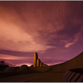 Night photography at Taal Monument by Marleen la Grange - Instagram & Mobile Other