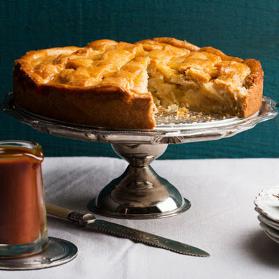 Apple Crostata with Spiced Caramel Sauce