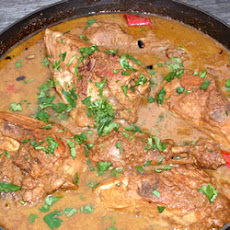 Pomegranate Stew with Chicken (Khoresh Fesenjan)