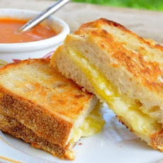 Triple Grilled Cheese With Tomato Soup