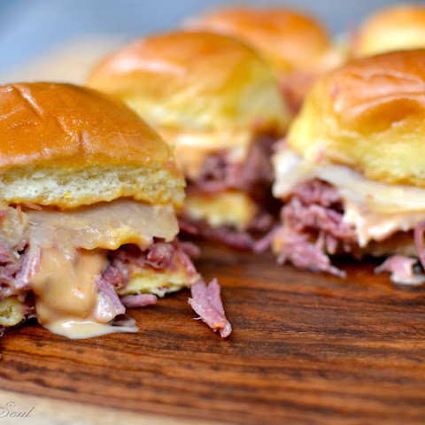 Slow Cooker Corned Beef Reuben Sliders