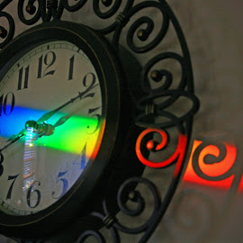 Kitchen Clock with Prismatic Reflection by Donna O'Neal - Artistic Objects Furniture (  )