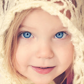 Angel by Lucia STA - Babies & Children Child Portraits