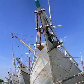 Kapal Kayu by Monang Naipospos - Transportation Boats ( port, dermaga, harbour, boats )