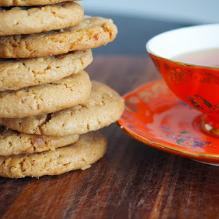 The Amazing 3 Ingredient Peanut Butter Cookies