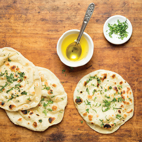 Naan (Indian Leavened Flatbread)