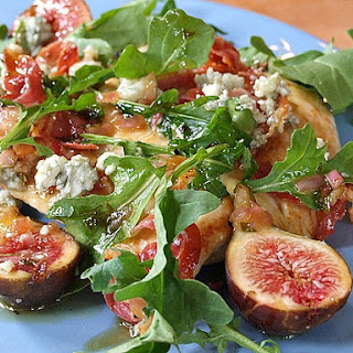 Chicken Paillard with Fresh Fig Salad and Blue Cheese