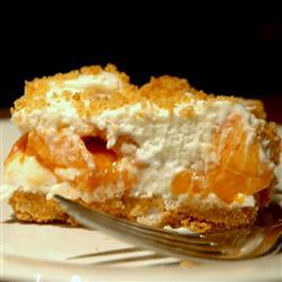 Creamy Peach and Marshmallow Pie