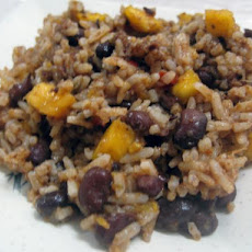 Spicy Black Beans and Rice With Mangoes (Crock Pot)