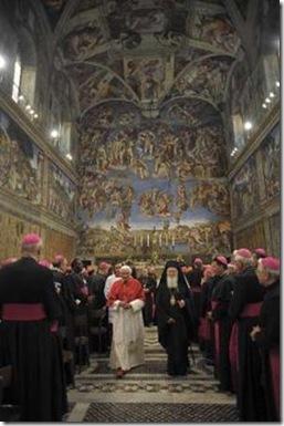 Papa Benedicto y Patriarca Bartolomé - Foto AsiaNews