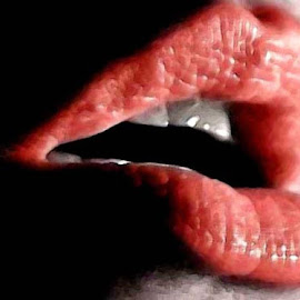 the colour of lips by Magdalena Wysoczanska - People Body Parts (  )
