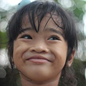 by Adianca Ridhani - Babies & Children Children Candids ( #girl#daughter#cute#beautiful#children#smile )