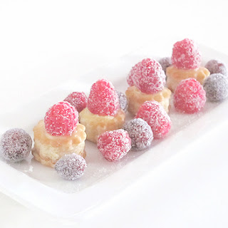 Frosted Raspberry and Creme Bites