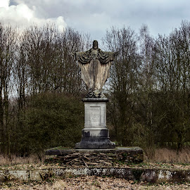 jezus by Bram van der Zanden - Buildings & Architecture Statues & Monuments ( jezus old decay )