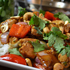 Spicy Cashew Chicken Stir-Fry