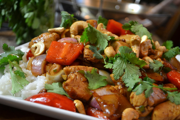 Spicy Cashew Chicken Stir-Fry Recipe | Yummly