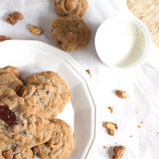 Cinnamon Candied Cashew Chocolate Chunk Cookies