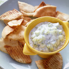 Pita Crisps With Cucumber Dip